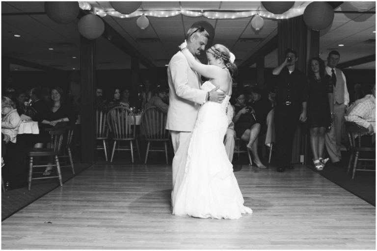 Boothbay Harbor wedding Fisherman's Wharf by Anne Schmidt Photography_0018